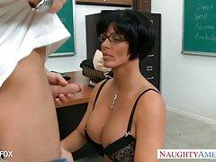 Deje que la hermosa seductora videos pornos caseros de maduras Marley Ann