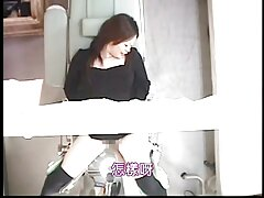 Mamá se traga asiática después de impresionante folladas videos caseros mamada escena