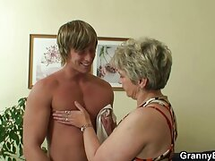 Problemas de la boda-Peggy, Kelly quiere polla para videos caseros de viejas follando llenar la crema M1: E4