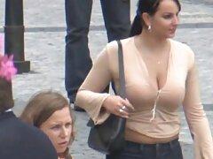 Super cara de primer plano delante de porno casero con maduras españolas la cámara debajo de la polla es un tiro rápido de carne.