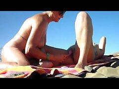 Vibrador de masaje de lesbianas follando casero bebé polvoriento